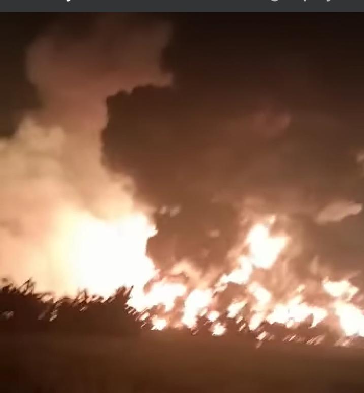 Kilang Pertamina di Balongan Indramayu Terbakar Hebat