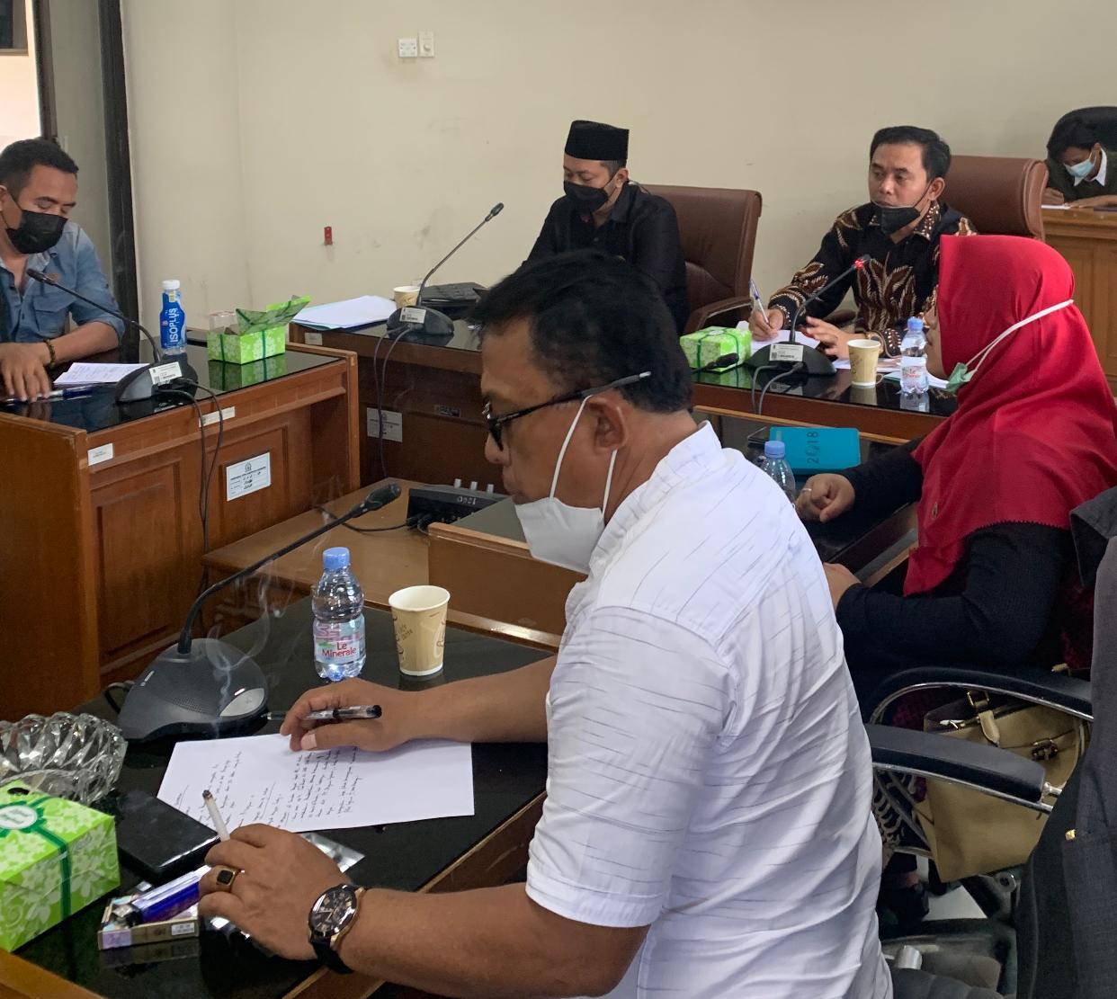 Ceceran Limbah B3 di Warung Bambu, Komisi III DPRD Karawang Akan Panggil PHE ONWJ