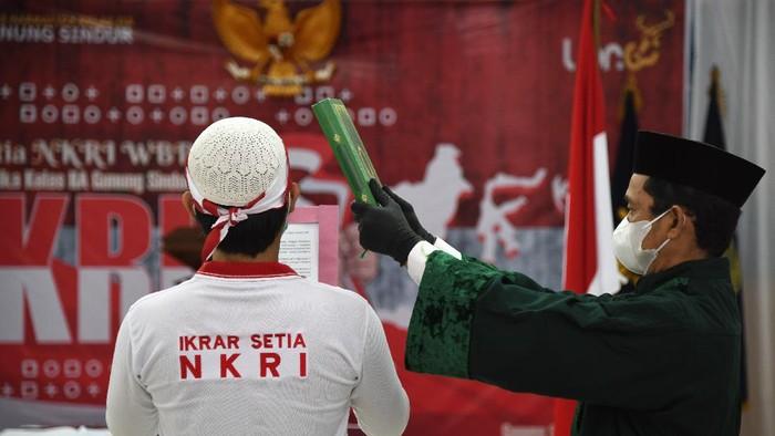 Dua Napi Terorisme Lapas Karawang Kembali ke Pangkuan NKRI