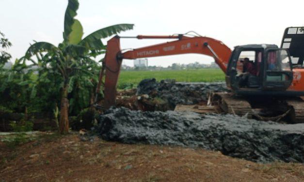 Proyek Normalisasi Sungai Cisalak Desa Sukamakmur Diduga Tabrak Aturan